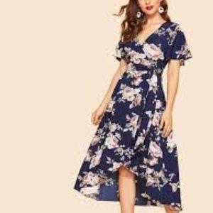 """NWOT Blue Floral 50""""s Belted Surplice  Dress SZ Sm"""